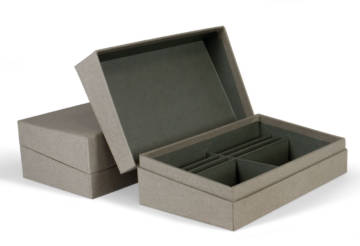 Box made of cardboard coated externally with canvas