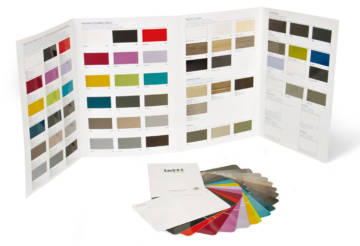 Leaflet and color chart with UV polishing with metallic effect